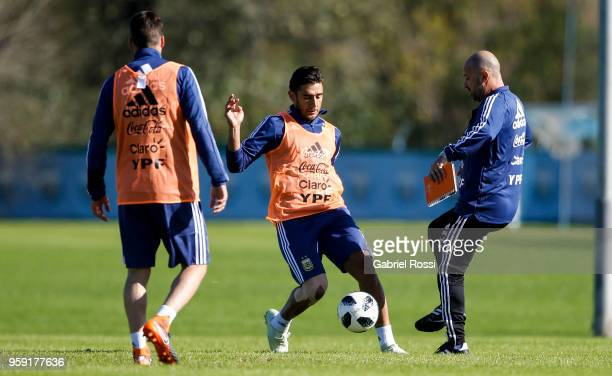 Eduardo Salvio of Argentina conducts the ball during a traning session as part of the preparation for the FIFA World Cup Russia at Julio Humberto...