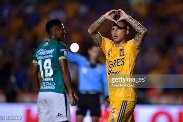 Eduardo Vargas #9 of Tigres celebrates after scoring his team's first goal during the 8th round match between Tigres UANL and Leon as part of the...