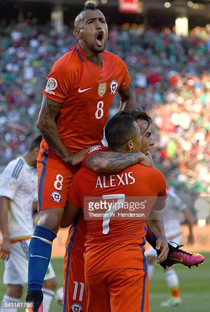 Eduardo Vargas Alexis Sanchez and Arturo Vidal of Chile celebrate after Vargas scored a goal against Mexico during the 2016 Copa America Centenario...