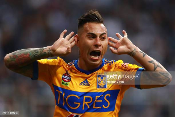 Eduardo Vargas of Tigres celebrates after scoring the first goal of his team during the second leg of the Torneo Apertura 2017 Liga MX final between...