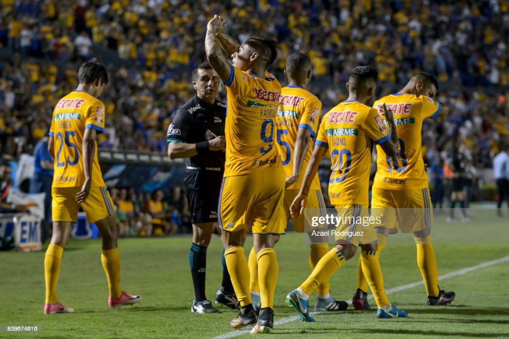 Tigres UANL v Lobos BUAP - Torneo Apertura 2017 Liga MX