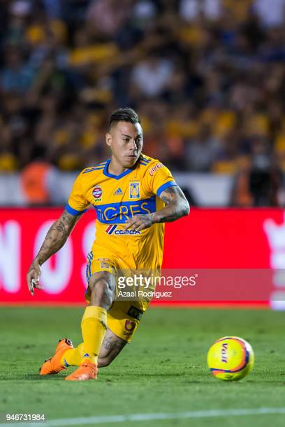 Eduardo Vargas of Tigres drives the ball during the 15th round match between Tigres UANL and Cruz Azul as part of the Torneo Clausura 2018 Liga MX at...