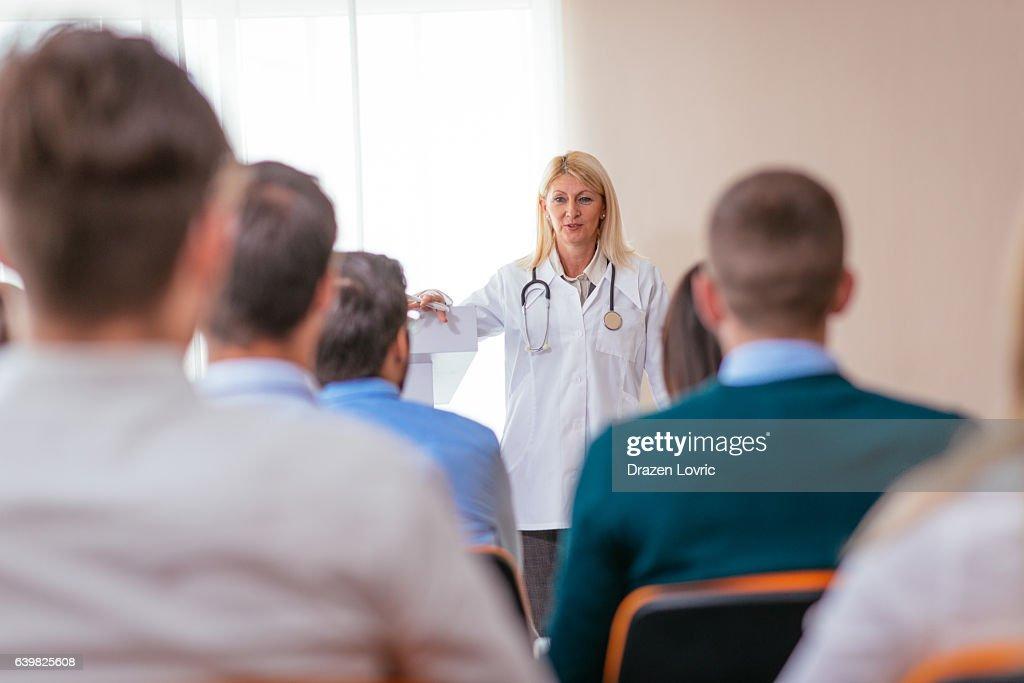 Education on pharmaceutical seminar : Foto de stock