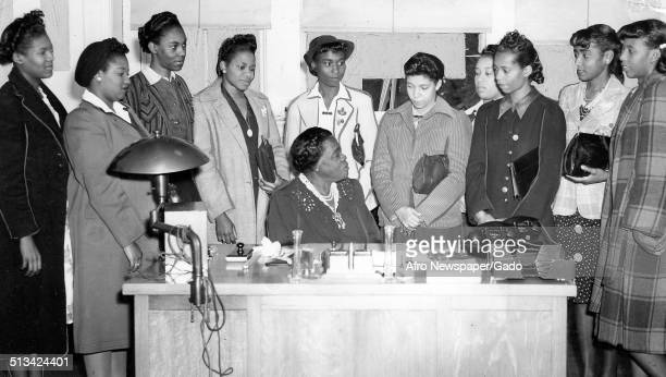 Educator and Civil Rights activist Mary McLeod Bethune and students October 28 1942