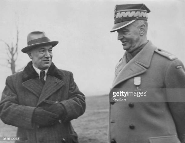 Edvard Benes President of Czechoslovakia in exile and Polish General Wladyslaw Sikorski Prime Minister of Poland at the Czech Army headquarters...