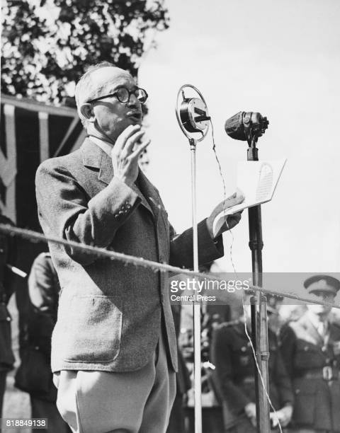 Edvard Benes the President of Czechoslovakia in exile addresses Czech troops stationed in the north of England during World War II 26th July 1940 He...