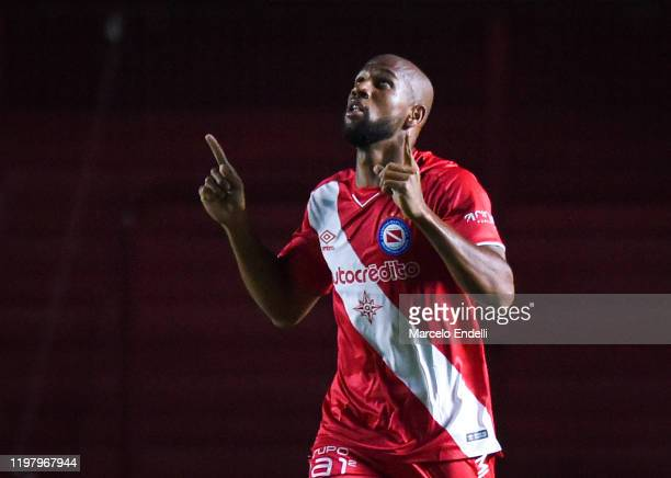 Edwar Lopez of Argentinos Juniors celebrates after scoring the first goal of his team during a match between Argentinos Juniors and Racing Club as...