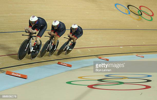 Edward Clancy Steven Burke Owain Doull and Bradley Wiggins of Team Great Britain competes in the Men's Team Pursuit First Round on Day 7 of the Rio...