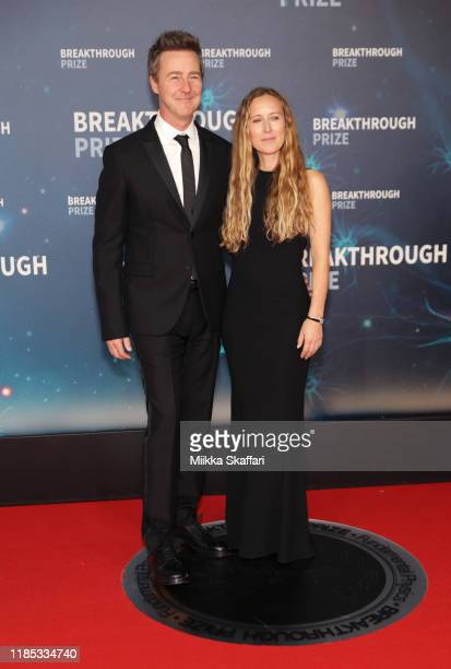 Edward Norton and Shauna Robertson attend the 2020 Breakthrough Prize Red Carpet at NASA Ames Research Center on November 03 2019 in Mountain View...