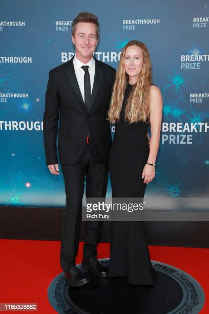 Edward Norton and Shauna Robertson attend the 8th Annual Breakthrough Prize Ceremony at NASA Ames Research Center on November 03 2019 in Mountain...