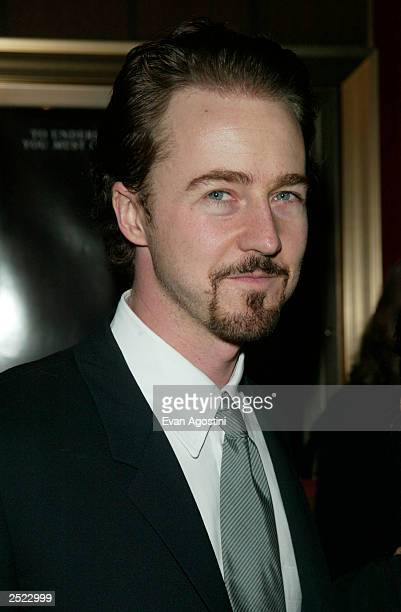 "Edward Norton arriving at the ""Red Dragon"" world premiere at the Ziegfeld Theatre in New York City. September 30, 2002 . Photo by Evan Agostini/Getty..."