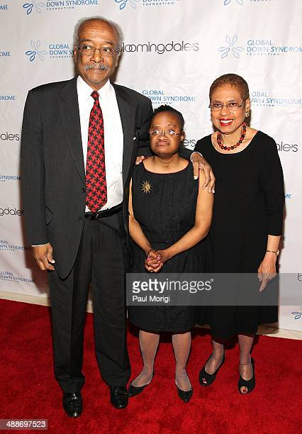 Edward Norton Katherine Felicia Norton and US House of Representatives Eleanor Holmes Norton attend the 2014 Global Down Syndrome Foundations Be...