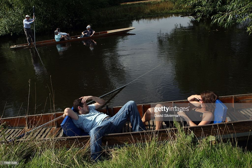 Summer Returns To Oxford : News Photo