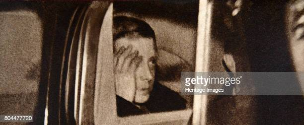 Edward VIII leaving Windsor Castle after his abdication speech 11 December 1936 King Edward VIII later the Duke of Windsor on his way to Portsmouth...