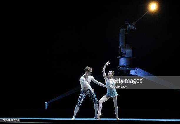 Edward Watson and Leanne Benjamin in the Royal Ballet's production of Wayne McGregor and Kim Brandstrup's Machina at the Royal Opera House Covent...