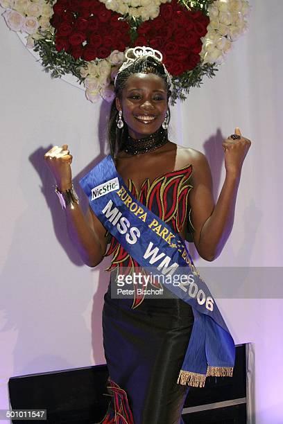"""Edwige Madze Badakou , Finale der Wahl zur """"Miss WM 2006"""", Rust , Deutschland, , P.-Nr. 781/2006, """"Europa Park"""", Backstage, Krone, Schärpe,..."""