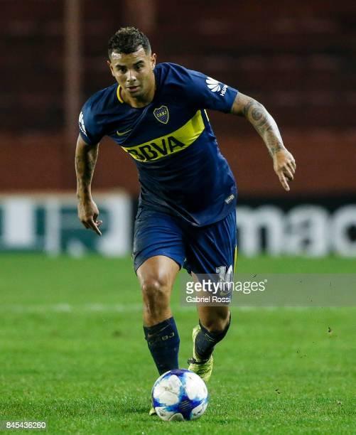 Edwin Cardona of Boca Juniors drives the ball during a match between Lanus and Boca Juniors as part of the Superliga 2017/18 at Ciudad de Lanus...