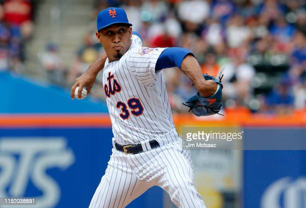 Edwin Diaz of the New York Mets in action against the Detroit Tigers at Citi Field on May 26, 2019 in New York City. The Mets defeated the Tigers 4-3.