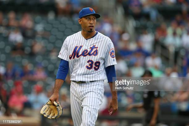 Edwin Diaz of the New York Mets in action against the Philadelphia Phillies during a game at Citi Field on September 8, 2019 in New York City.