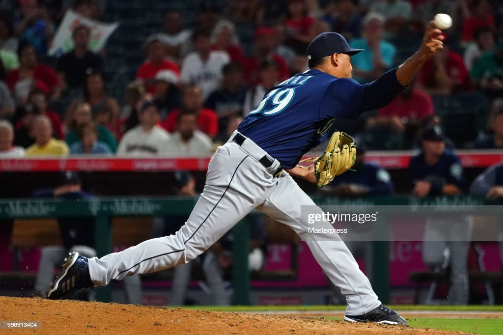 Edwin Diaz #39 of the Seattle Mariners in action during the MLB game against the Los Angeles Angels at Angel Stadium on July 11, 2018 in Anaheim, California.