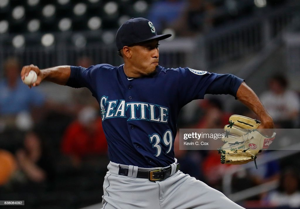 Edwin Diaz #39 of the Seattle Mariners pitches in the ninth inning against the Atlanta Braves at SunTrust Park on August 23, 2017 in Atlanta, Georgia.