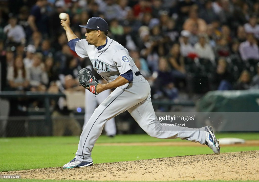 Edwin Diaz #39 of the Seattle Mariners poitches for a save in the 9th inning against the Chicago White Sox at Guaranteed Rate Field on July 14, 2017 in Chicago, Illinois. The Mariners defeated the White Sox 4-2.