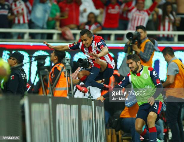 Edwin Hernandez of Chivas celebrates his team's winning goal during the 13th round match between Chivas and Puebla as part of the Torneo Clausura...
