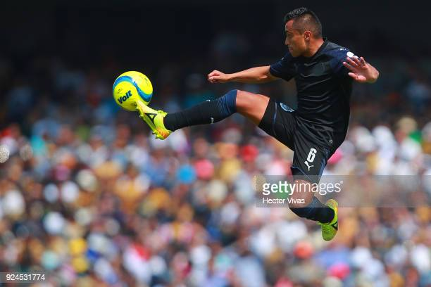 Edwin Hernandez of Chivas controls the ball during the 9th round match between Pumas UNAM and Chivas as part of the Torneo Clausura 2018 Liga MX at...