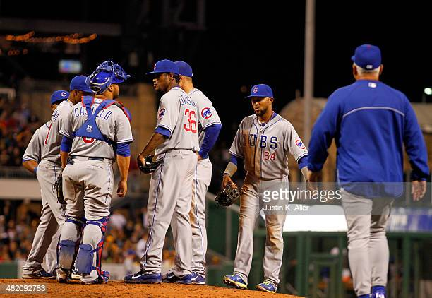 Edwin Jackson of the Chicago Cubs is removed from the game by manager Rick Renteria in the sixth inning against the Pittsburgh Pirates during the...