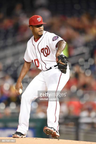 Edwin Jackson of the Washington Nationals pitches during a baseball game against the Pittsburgh Pirates at Nationals Park on September 28 2017 in...
