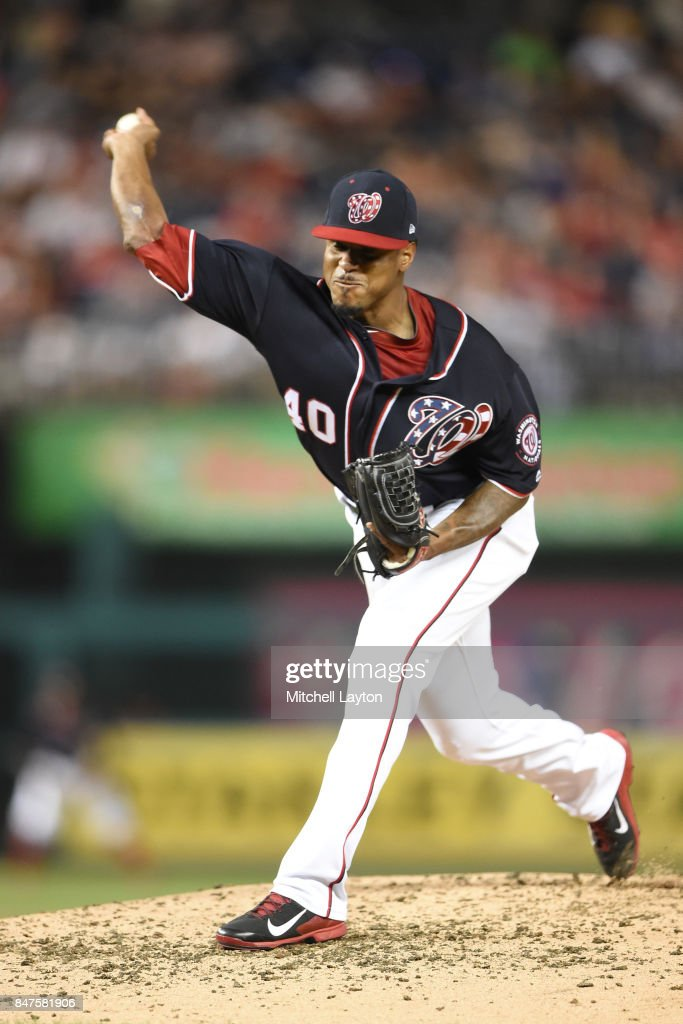 Edwin Jackson #40 of the Washington Nationals pitches in the third inning during a baseball game against the Los Angeles Dodgers at Nationals Park on September 15, 2017 in Washington, DC.