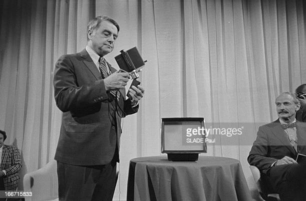 Edwin Land Presents The Polavision The First Instant Film Unit Boston