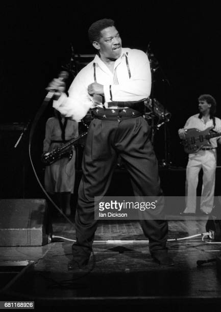 Edwin Starr performing on stage at Magic Of Motown Revue, Hammersmith Odeon, London, 24 October 1989.