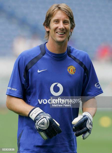 Edwin van der Sar of Manchester United in action during a first team training session at Saitama Stadium on July 29, 2005 in Saitama, Japan.
