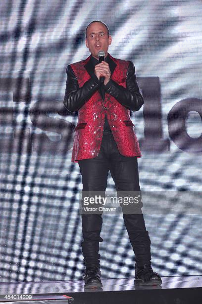 Edy Smol speaks on stage during the EstiloDF 3rd Anniversary at Joy Room on November 27 2013 in Mexico City Mexico