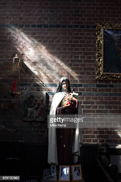 Effigy of Virgin Mary in St Peter's Church in Wapping London England United Kingdom St Peter's Wapping is a Grade I listed Anglican church in Wapping...
