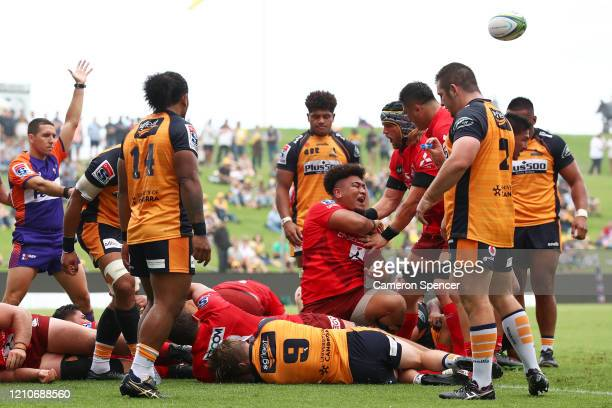 Efi Maafu of the Sunwolves celebrates scoring a try during the round six Super Rugby match between the Sunwolves and the Brumbies at WIN Stadium on...