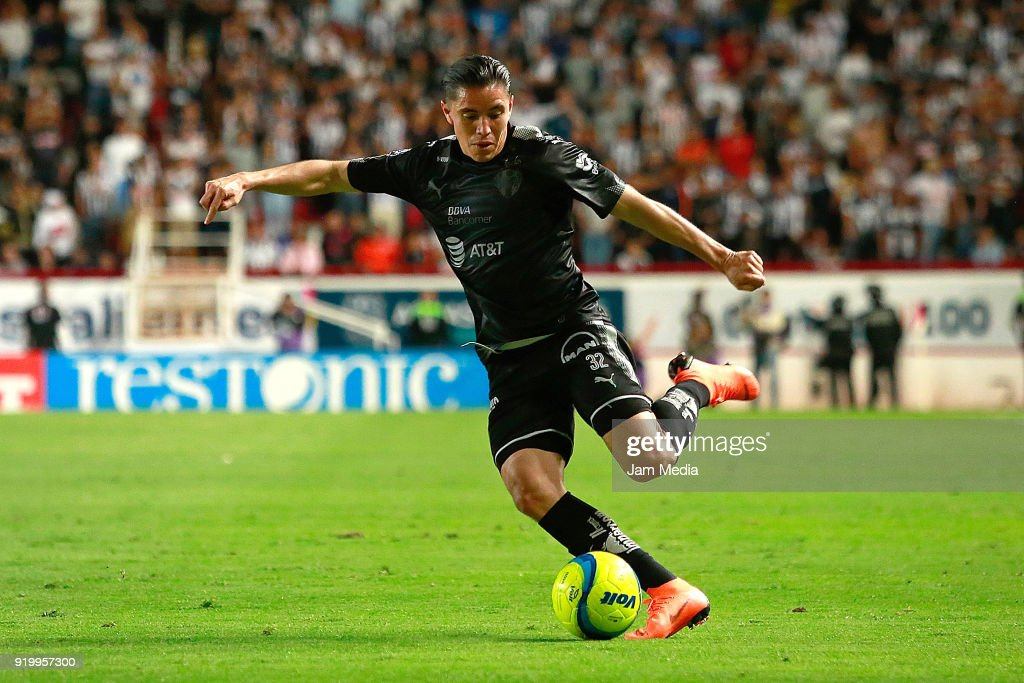 Efrain Velarde of Monterrey kicks the ball during the 8th round match between Necaxa and Monterrey as part of the Torneo Clausura 2018 Liga MX at Victoria Stadium on February 17, 2018 in Aguascalientes, Mexico.