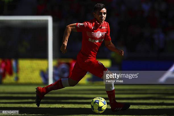 Efrain Velarde of Toluca drives the ball during a match between Toluca and Chiapas as part of the Clausura 2017 Liga MX at Nemesio Diez Stadium on...