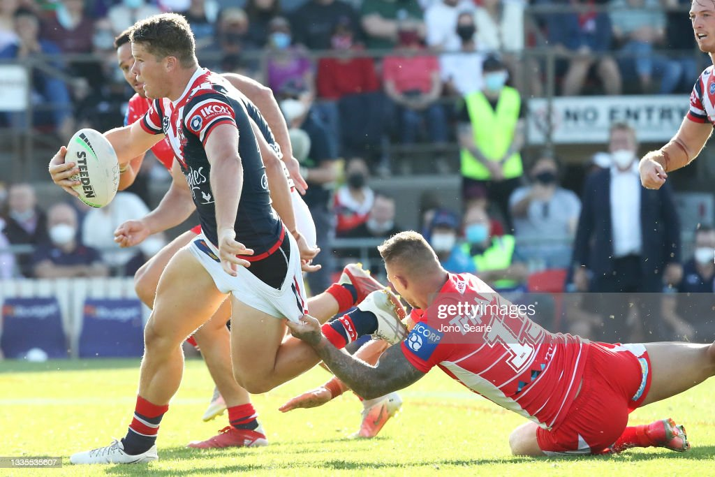 NRL Rd 23 - Dragons v Roosters : News Photo