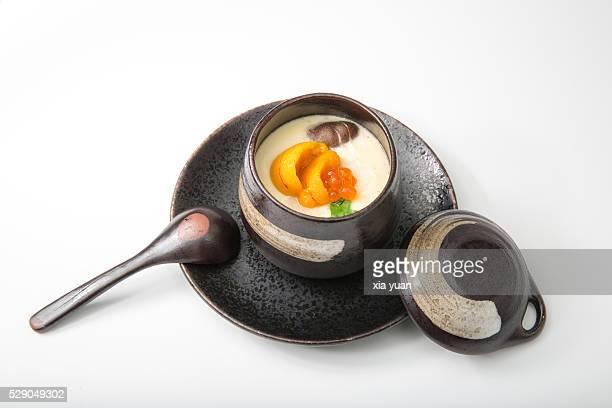 Egg custard with sea urchin and mushroom