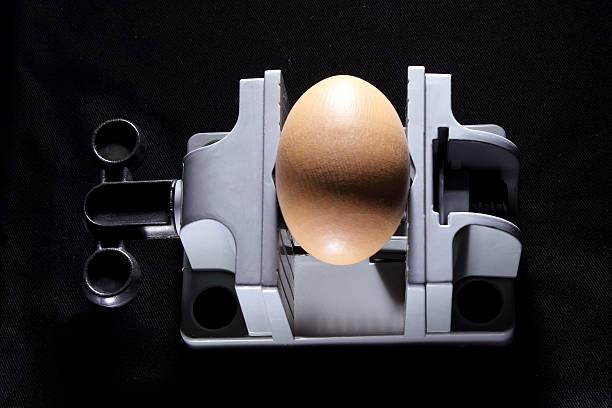 любовнике, видео онлайн яйца в тисках перекрестился испуганно, только