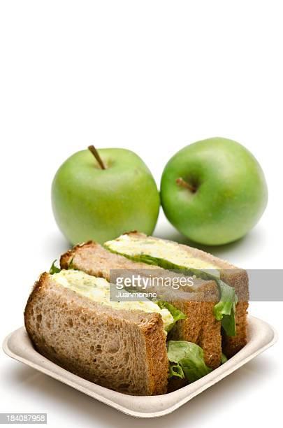 Eiersalat-sandwich zum Mittagessen