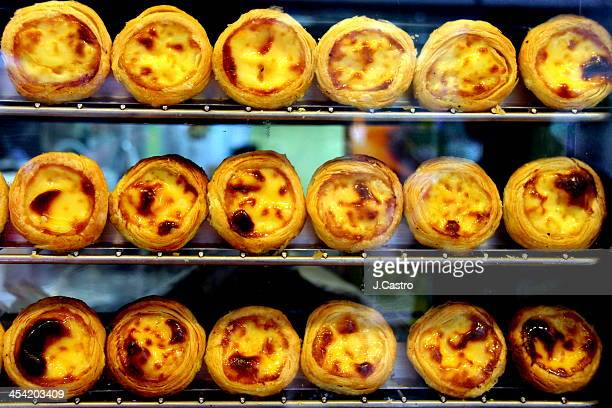 egg tart / pastel de nata - macao stock pictures, royalty-free photos & images