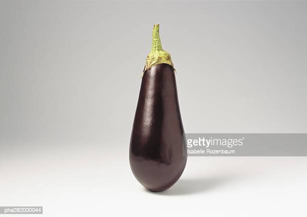 eggplant - eggplant stock photos and pictures