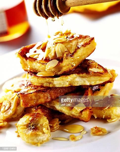 Eggy bread with bananas, almonds & honey