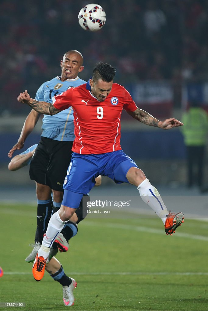Chile v Uruguay - 2015 Copa America Chile