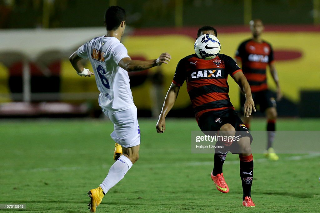Egidio of Cruzeiro battles for the ball during the match between Vitoria and Cruzeiro as part of Brasileirao Series A 2014 at Estadio Manoel Barradas on October 19, 2014 in Salvador, Bahia, Brazil.