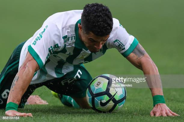 Egidio of Palmeiras controls the ball during a match between Fluminense and Palmeiras as part of Brasileirao Series A 2017 at Maracana Stadium on...