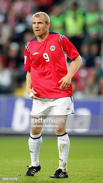 Egil Ostenstad of Norway in action during the group 5 World Cup 2006 Qualifier between Norway and Scotland held at the Ullevaal Stadium on September...
